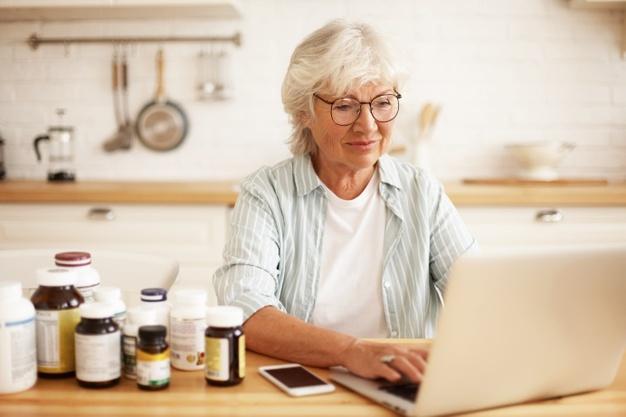 افضل كبسولات كركمين سائل لمحاربة امراض الشيخوخة